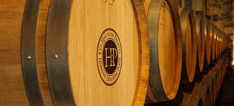 Barrique de vins Les Hauts de Palette, Bordeaux.